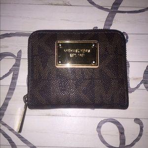 Michael Kors small wallet- Brown